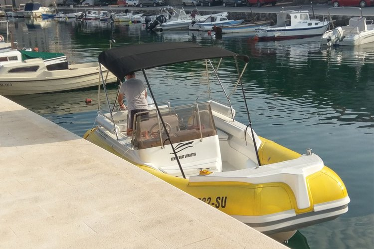 Inflatable outboard boat rental in Sumartin, Croatia