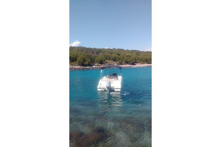 Boat for rent Quicksilver 18.0 feet in Sumartin, Croatia