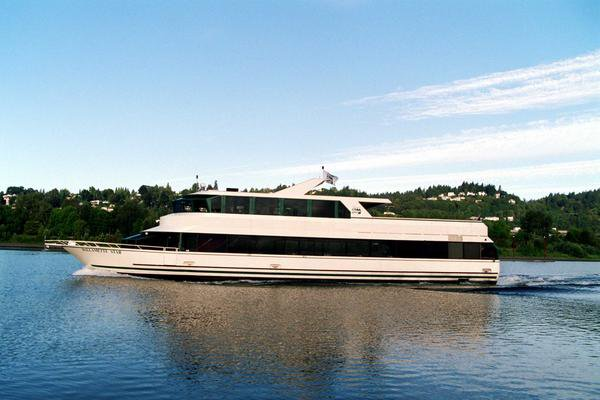 Boating is fun with a Motor yacht in Portland