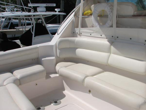 Boat rental in Coral Gables, FL