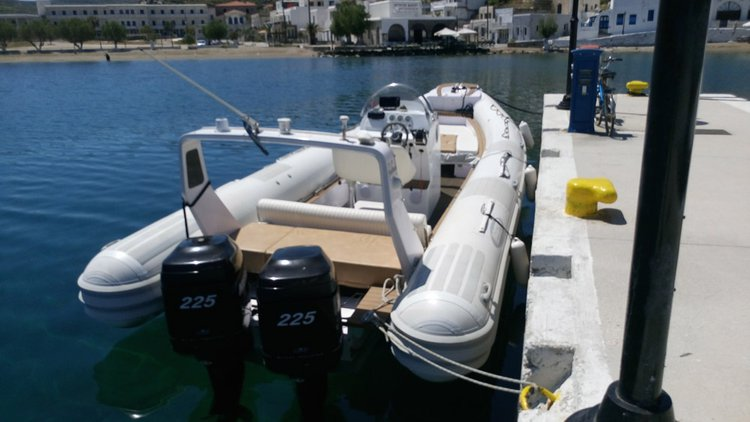 Boating is fun with a Rigid inflatable in Lavrio