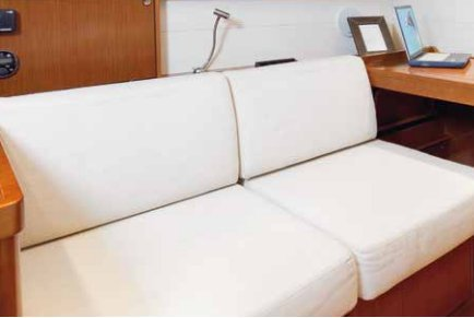 Boat for rent Beneteau 48.0 feet in Santa Cruz De Tenerife, Spain