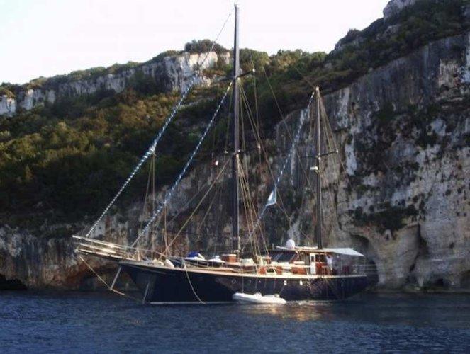 Schooner boat rental in Thessaloniki, Greece