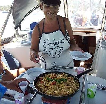 Discover Las Palmas surroundings on this Sun Odyssey 42 Jeanneau boat