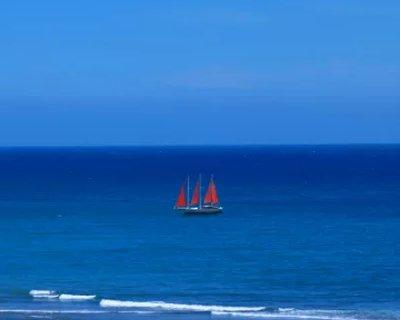 Classic boat for rent in Las Palmas