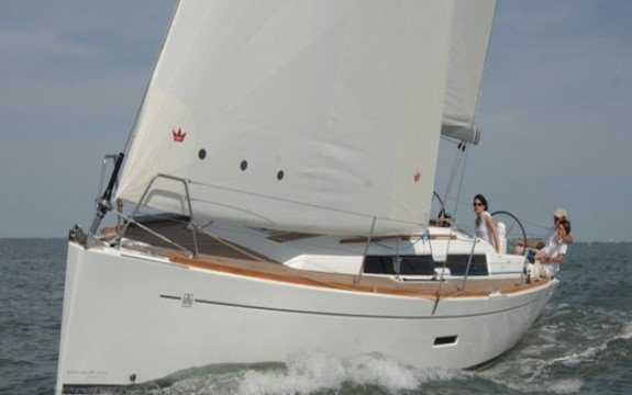 Explore France onboard Dufour 335 Grand Large