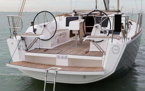 Sloop boat rental in Port Pin Rolland, France