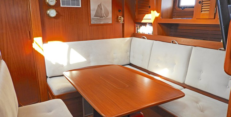 Discover Foinikas surroundings on this 49 Hallberg-Rassy boat