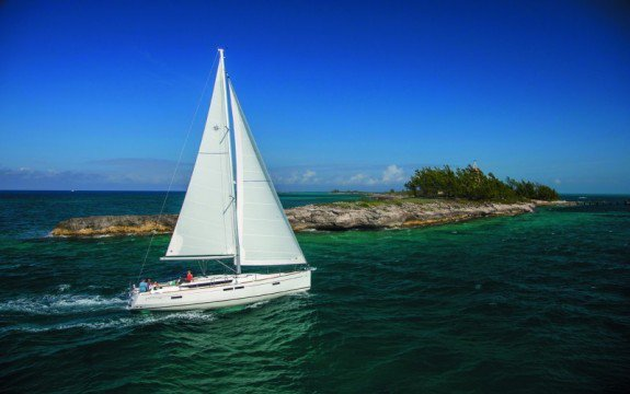 Sloop boat rental in Olbia,