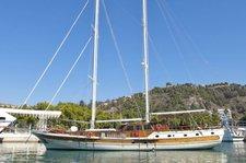 Indulge in luxury in Greece onboard 90' Gulet