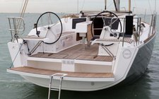Experience pure comfort & luxury onboard Dufour 382 Adventure