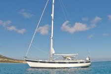 Relax in the comfort of a classic Hallberg-Rassy 49 with a local skipper!