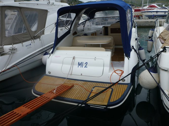 36.0 feet Airon Marine in great shape