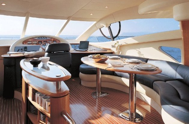 Discover Miami surroundings on this 55 Azimut boat