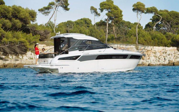 Bavaria Yachtbau's 38.0 feet in Istra