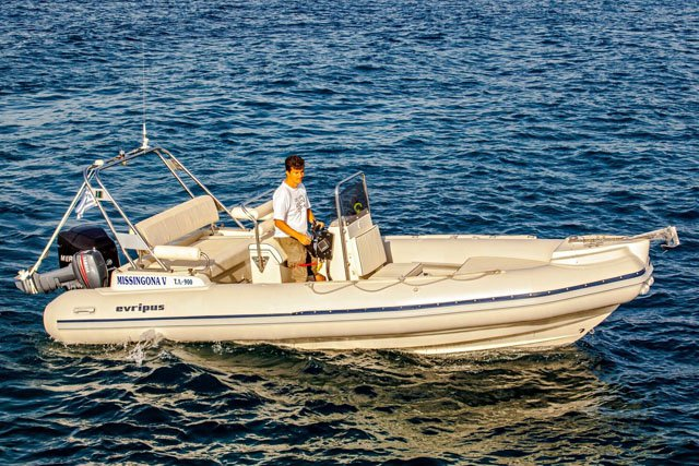 EVRIPUS 6.5M - 200HP MERCURY OPTIMAX BASED IN ATHENS