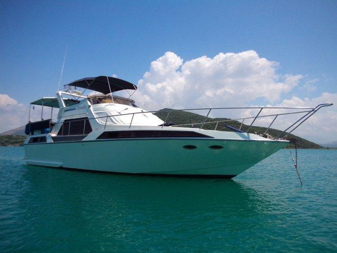 Discover Zadar region surroundings on this Fairline Phantom 46 Fairline Boats boat