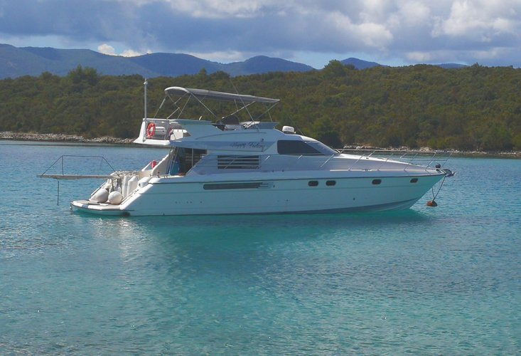 Sail the waters of Split region on this comfortable Fairline Bo
