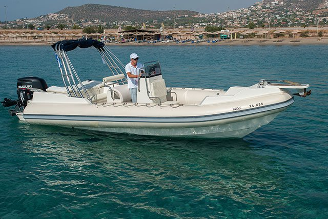 GREAT WHITE 8M - 1X250HP SUZUKI BASED AT ATHENS