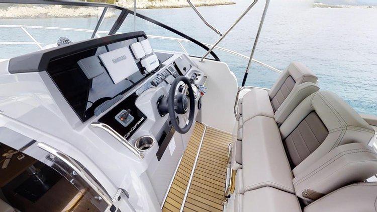 Discover Split region surroundings on this Cap Camarat 10.5 WA Jeanneau boat