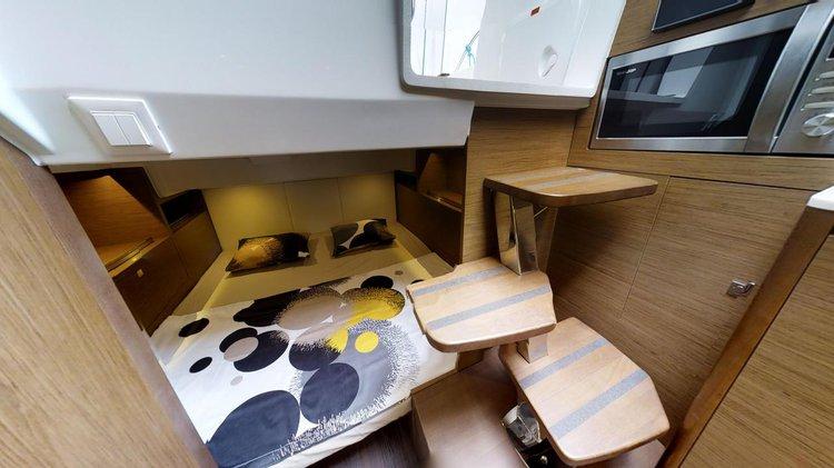 Boat for rent Jeanneau 34.0 feet in Marina Trogir – ACI,