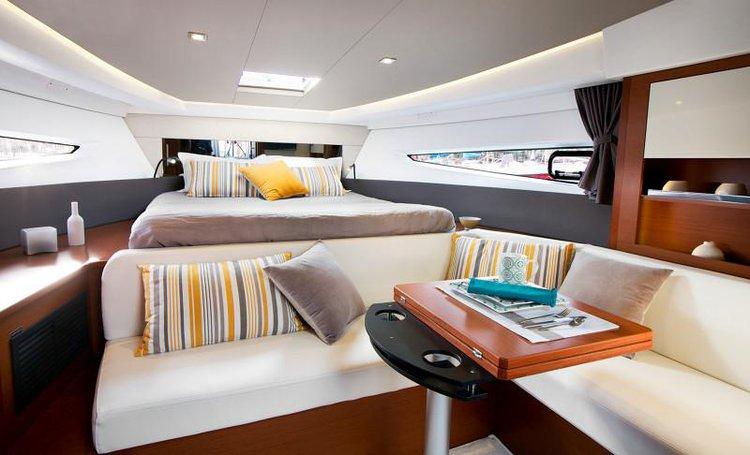 Discover Split region surroundings on this Leader 36 Jeanneau boat