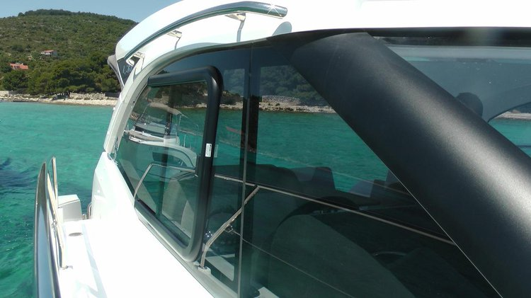 Boating is fun with a Jeanneau in Split region