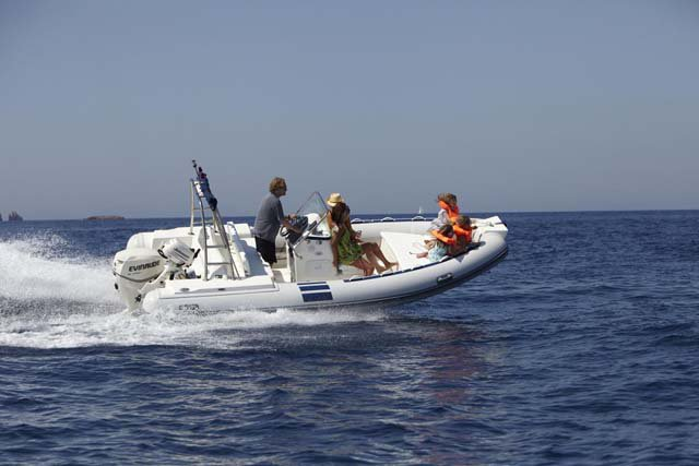 NORTHSTAR 185 WRT - 115HP EVINRUDE BASED AT ANTIPAROS ISLAND