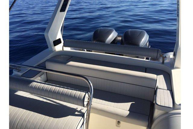 Boat for rent Predator 29.52 feet in Antiparos, Greece