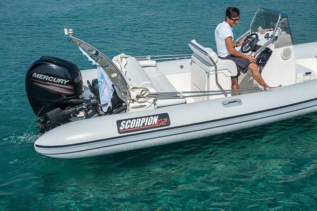 This 24.27' Scorpion cand take up to 8 passengers around Saronic Gulf