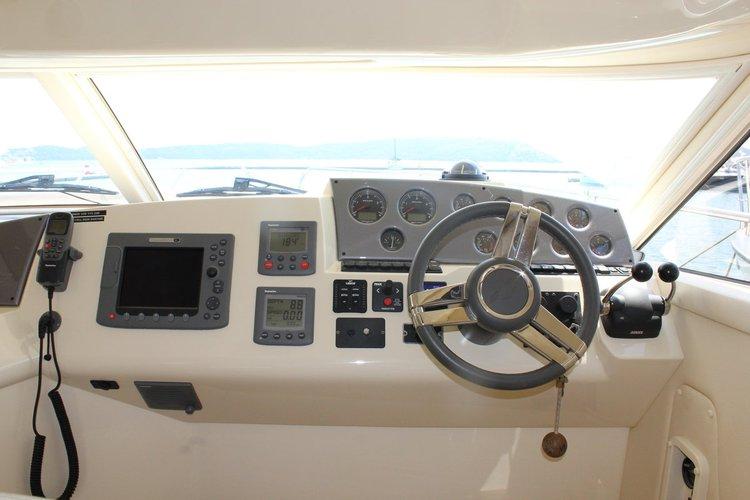 Sealine's 42.0 feet in Split region