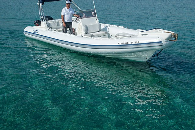 SKIPPER 7.80M ICE WHITE - 1X250HP SUZUKI BASED AT ATHENS
