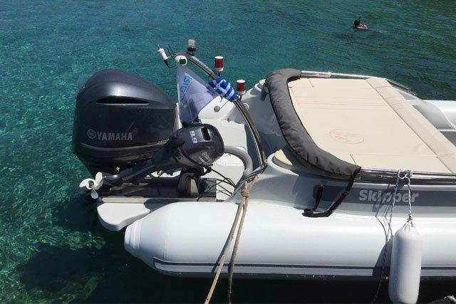 Boat for rent Skipper 27.88 feet in Athens - Marina Alimos (Kalamaki), Greece