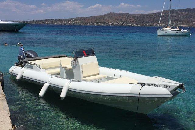 Skipper's 27.88 feet in Saronic Gulf
