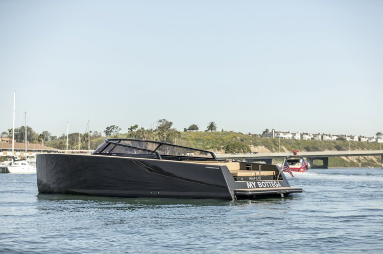 VanDutch's 40.0 feet in Newport Beach