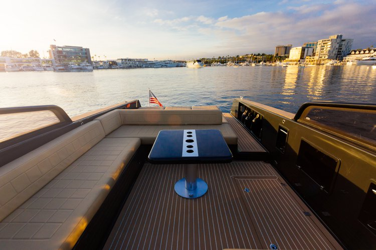 Discover Newport Beach surroundings on this 40 VanDutch boat