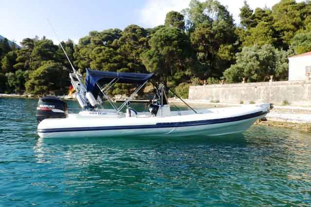 Boat for rent Winner 23.95 feet in Lefkada,