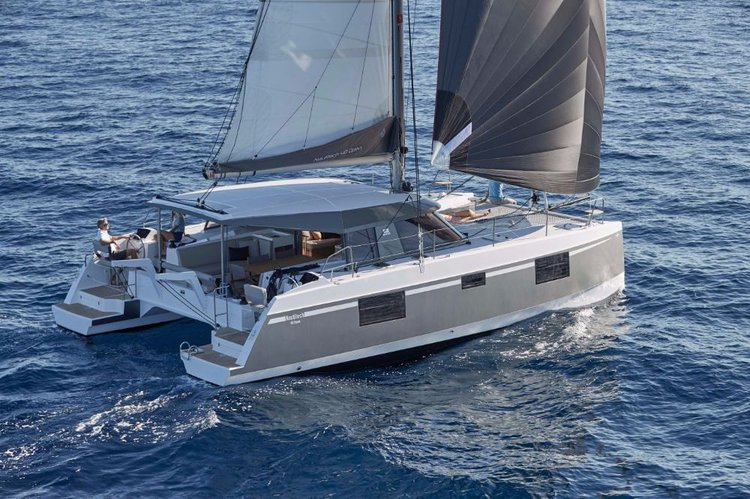 This 39.0' Bavaria Yachtbau cand take up to 9 passengers around Ionian Islands