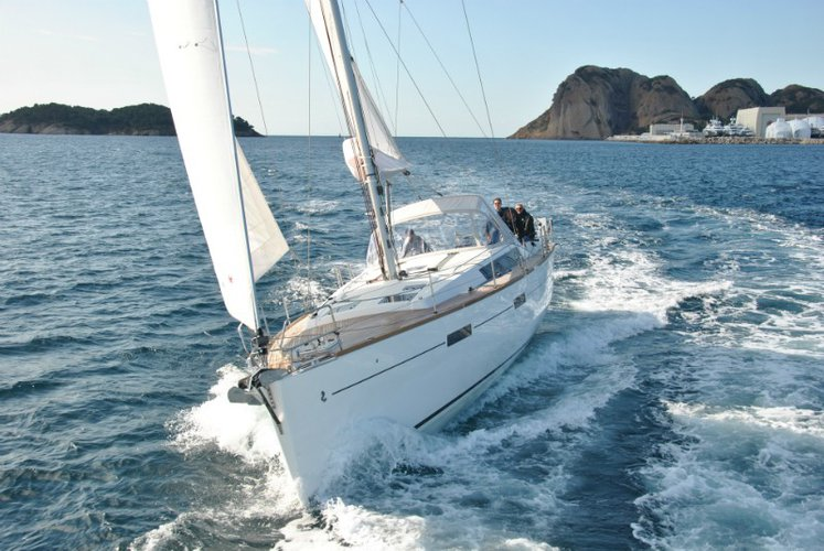 Discover Montenegro surroundings on this Oceanis 45 Bénéteau boat