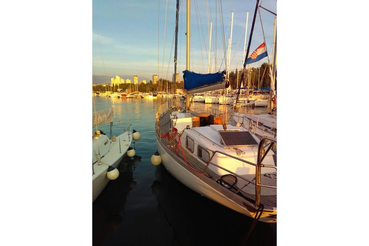 Boat for rent Daily sailing 46.0 feet in Split,