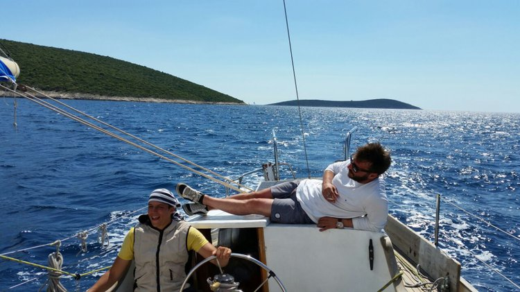 Up to 10 persons can enjoy a ride on this Cutter boat
