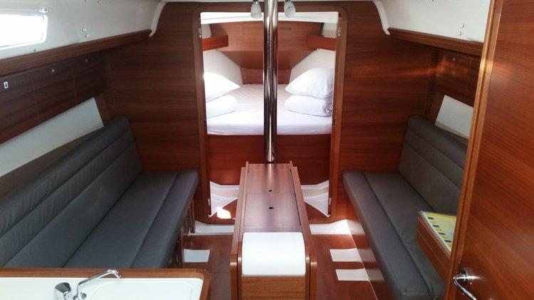 Boat for rent Dufour Yachts 33.0 feet in Marina Dalmacija, Sukosan,