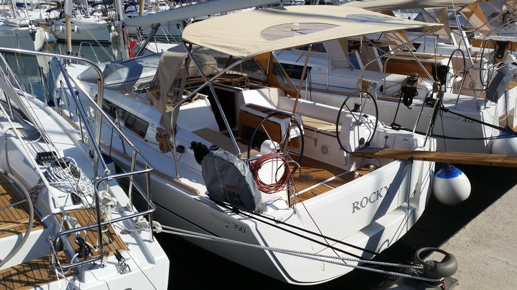 Discover Zadar region surroundings on this Dufour 350 GL Dufour Yachts boat