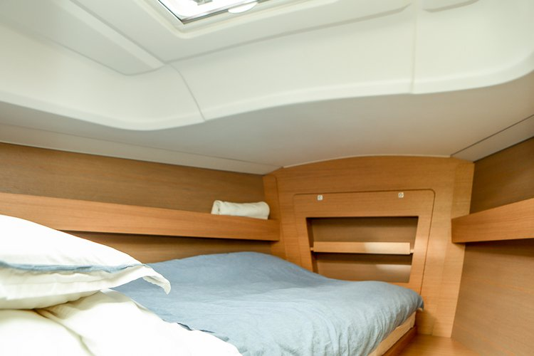 Discover Stockholm County surroundings on this Dufour 380 GL Dufour Yachts boat