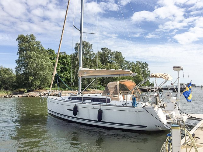Experience Stockholm County on board this amazing Dufour Yachts