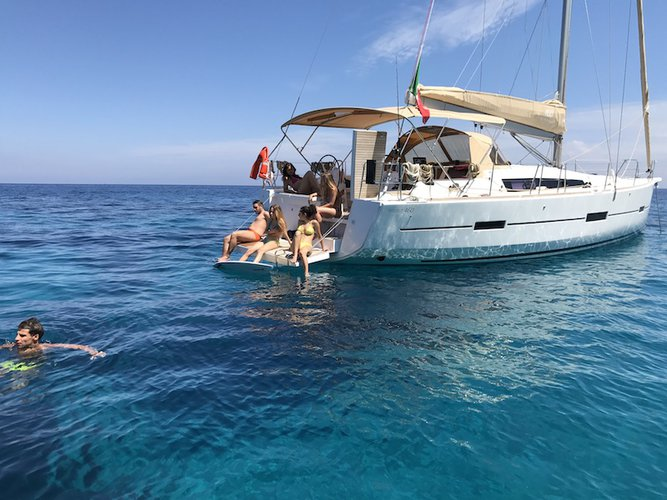 Boat for rent Dufour Yachts 46.0 feet in Tuscany,