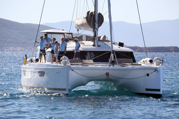 49.0 feet Fountaine Pajot in great shape