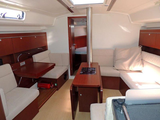 Discover Saronic Gulf surroundings on this Hanse 415 Hanse Yachts boat