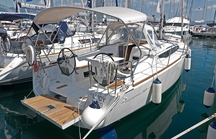Boat for rent Jeanneau 33.0 feet in Marina Split - ACI ,