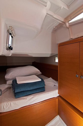 Discover Split region surroundings on this Sun Odyssey 449 Jeanneau boat